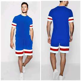 Men Stylish Look Track Suit (Top & Bottom Set)
