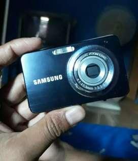 Kamera digital merk samsung