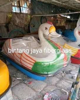 bebek sepeda air angsa atau sepeda air fiberglass bebek putih