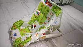 Mee mee baby carry cot / car seat 3 in 1
