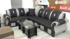A very attractive sofa set in 40 density in jute