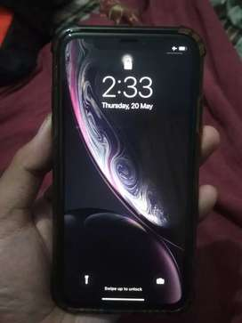 iPhone xr 128gb - 34000 rs