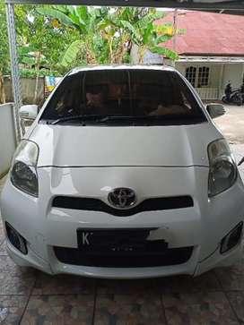 Dijual Toyota Yaris 2012