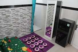 kost keluarga dan campur, kamar mandi dalam dan dapur dalam, free wifi