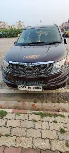 Mahindra XUV500 2015