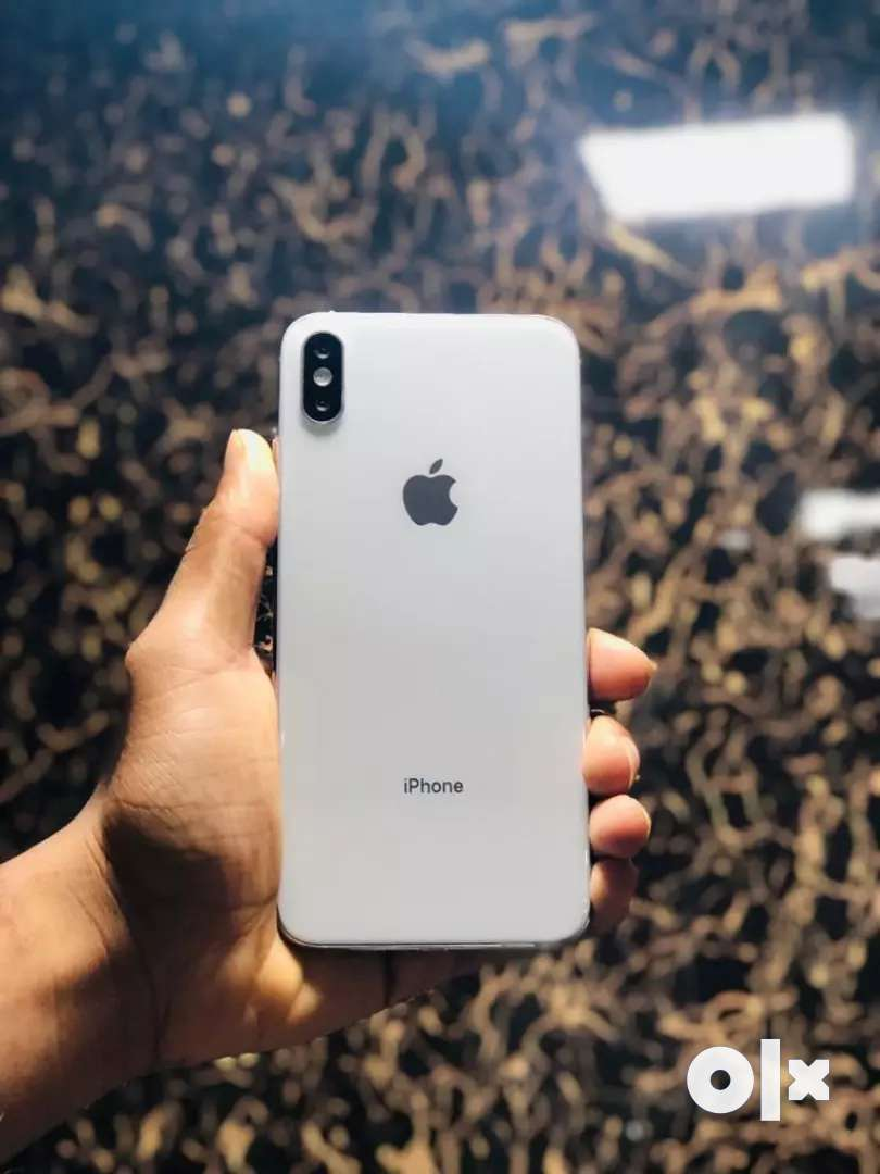 Apple Iphone X refurbished with accessories & 6 months seller warranty