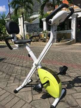 Sepeda Statis Magnetik Bike // Zoules IE 05F22