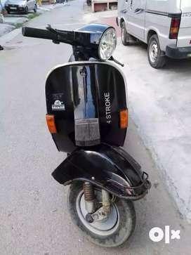 LML 4 stroke self start scooter for sale