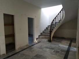 Dont miss independent 3bed dd ground+1 bungalow block18 gulistan johar