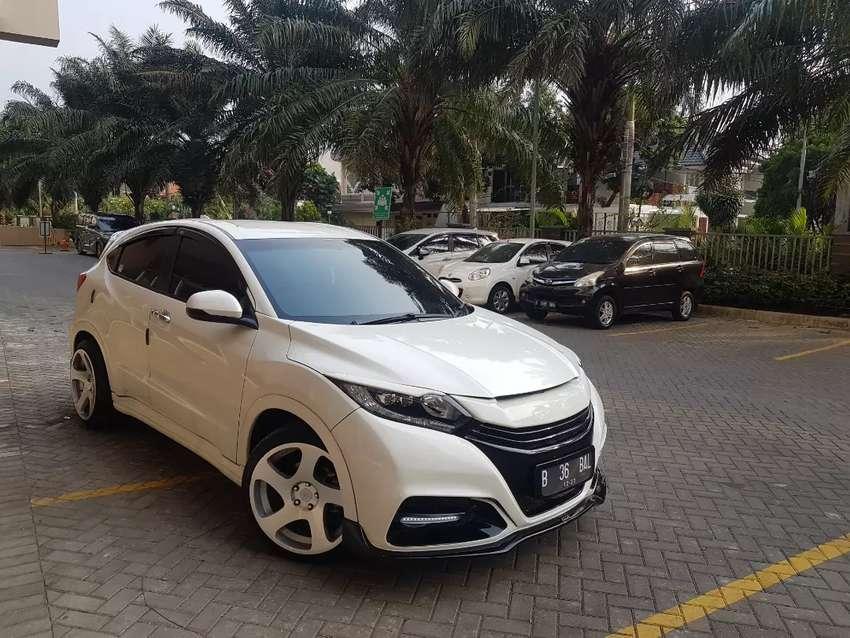 Honda HR-V 1.8 L E CVT special edition JBL Audio-Modifikasi Balsarini 0