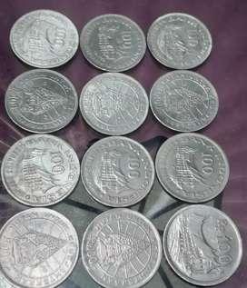 Dijual uang koin 100 Rupiah