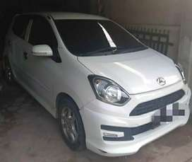 Mobil Ayla M Sporty