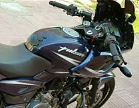 Pulsar 220 blue and black