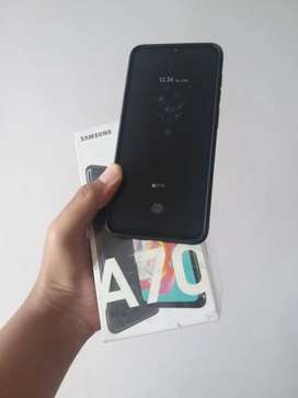 No Minus Samsung galaxy A70 6/128 tt/bt