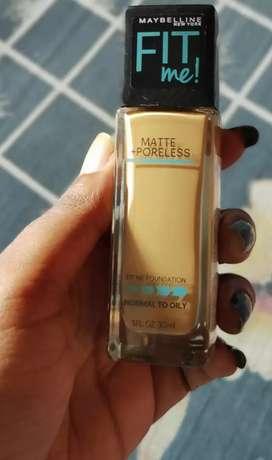 maybline poreless fit me foundation shade:332 golden caramel