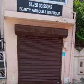 A Shop suitable for Office, Boutique or Parlour