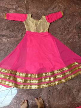 400rs for simple gown