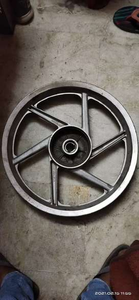 Pulsar 150 2005 Rear wheel
