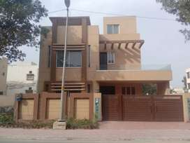 8 Marla House with For Rent Usman Block  In Bahria Town Lahore.
