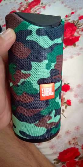 JBL bluetooth speaker with box and accessories
