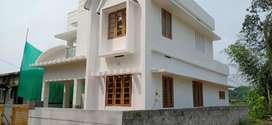 4cent 4bhk villa near pukkattupady