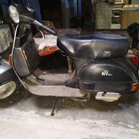 Self Start LML 4 Stroke 60 KM/PL Scooter in mint condition