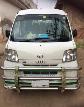I want to sell my daihatsu hijet cargo in cheap neat and clean.