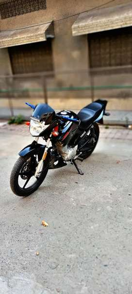 Fully modified yamaha ybr 125 for sale just 2500 meter reading