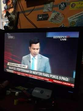 Tv LG 22 in .. normal jaya tinggal pakai