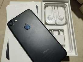 Apple iPhone 7 128gb with original bill box accessories