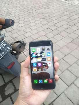 Iphone 7 128gb (minus retak aja)