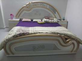 Almost New Queen size Bed with 2 side drawers and a dressing