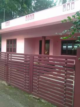 4.10 cent 1000 sqft 3 bhk house for sale at aluva near kombara
