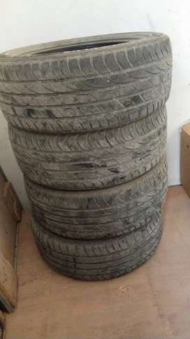 Civic car tyres 35000 Km used for sale