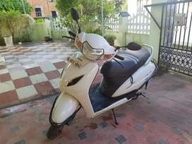 Activa 5G (White) 9000 km only URGENT SALE