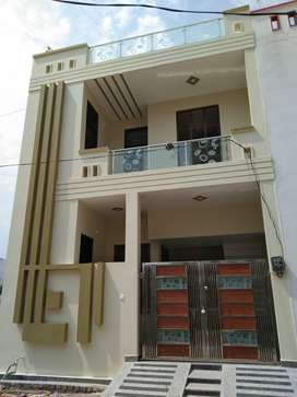 125 YARD BEST DESIGNER VILLA 45 LAC (GANGA NAGAR NEAR TO IIMT)