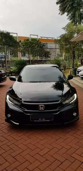 2018 Honda civic turbo hatchback type E AT