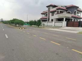 5 marla Plot For Sale In Regi Model Town Zone 2