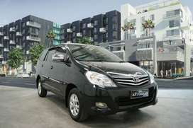 Innova G bensin MT th 2011