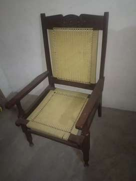 beautiful and simple chairz
