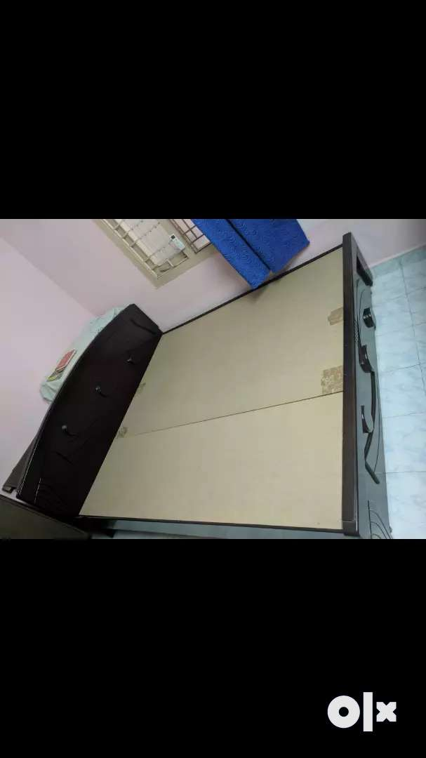 6\6 COT like New No damage product 0