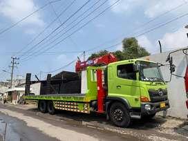 Truk Selfloader Bisa pakai crane bisa tidak, Untuk Muat ALAT BERAT