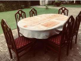Wooden Dining Table with 6 Beautiful Classic Strong Chairs FOR SALE