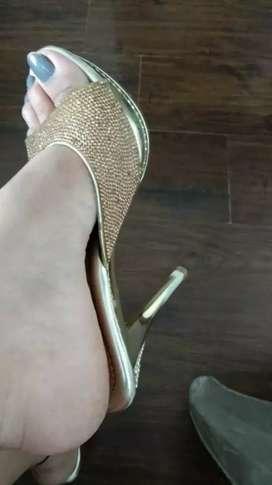 Beautiful heel for sale
