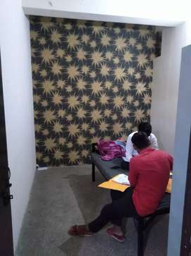 Boys hostel aur pg k liye contact kree