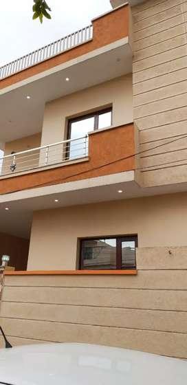 सस्ते घर 30 % डाउन पेयमनट 70 % बैंक फानैस 3 बैडरूम विला
