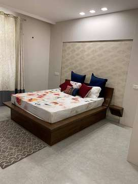 Ultra Spacious 3BHK With All Furniture Fully furnished
