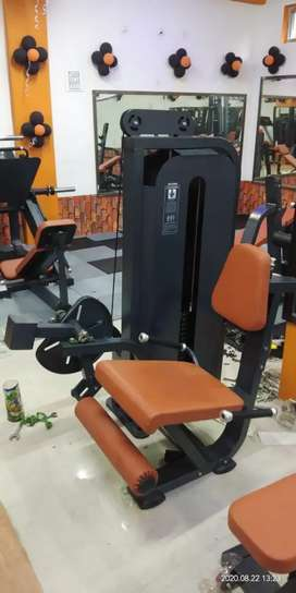 Gym equipments at Delear price Imported Equipments manufacturing