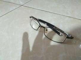 Bismillah, dijual kacamata Oakley