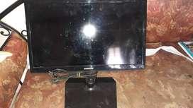 """Samsung LED 24"""" TV for sale"""